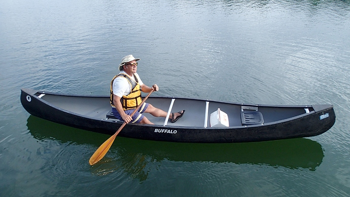 paddling_canoe